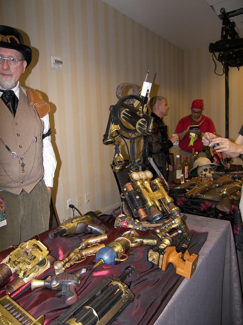 DragonCon 2011, Steampunk Exhibition 17