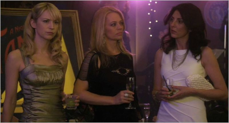 Leverage, girls night out job,  parker, tara, and sophie