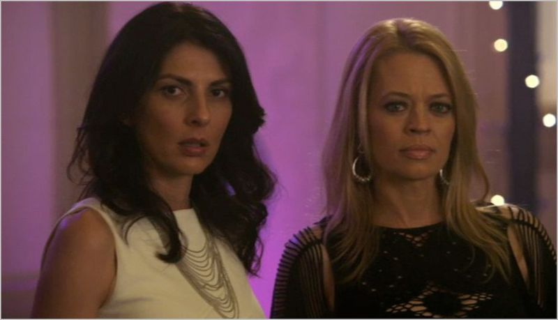 Leverage, girls night out job, sophie and tara