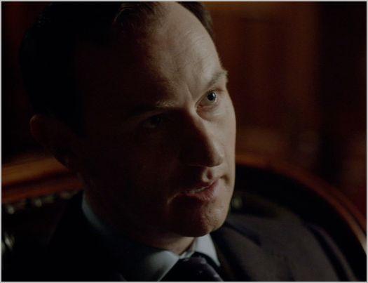 Sherlock, the reichenbach fall, mycroft 3