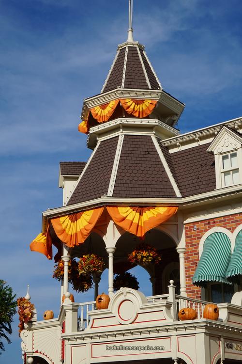 Main street halloween 1