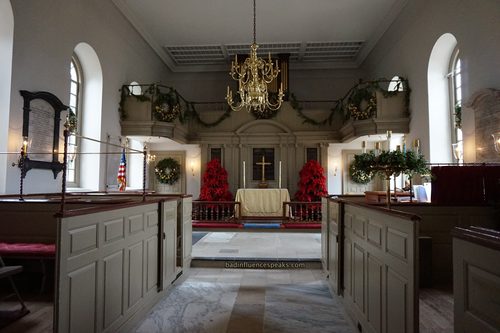Cw inside bruton parish church bis